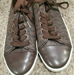 Men's size 10 Michael Kors sneakers
